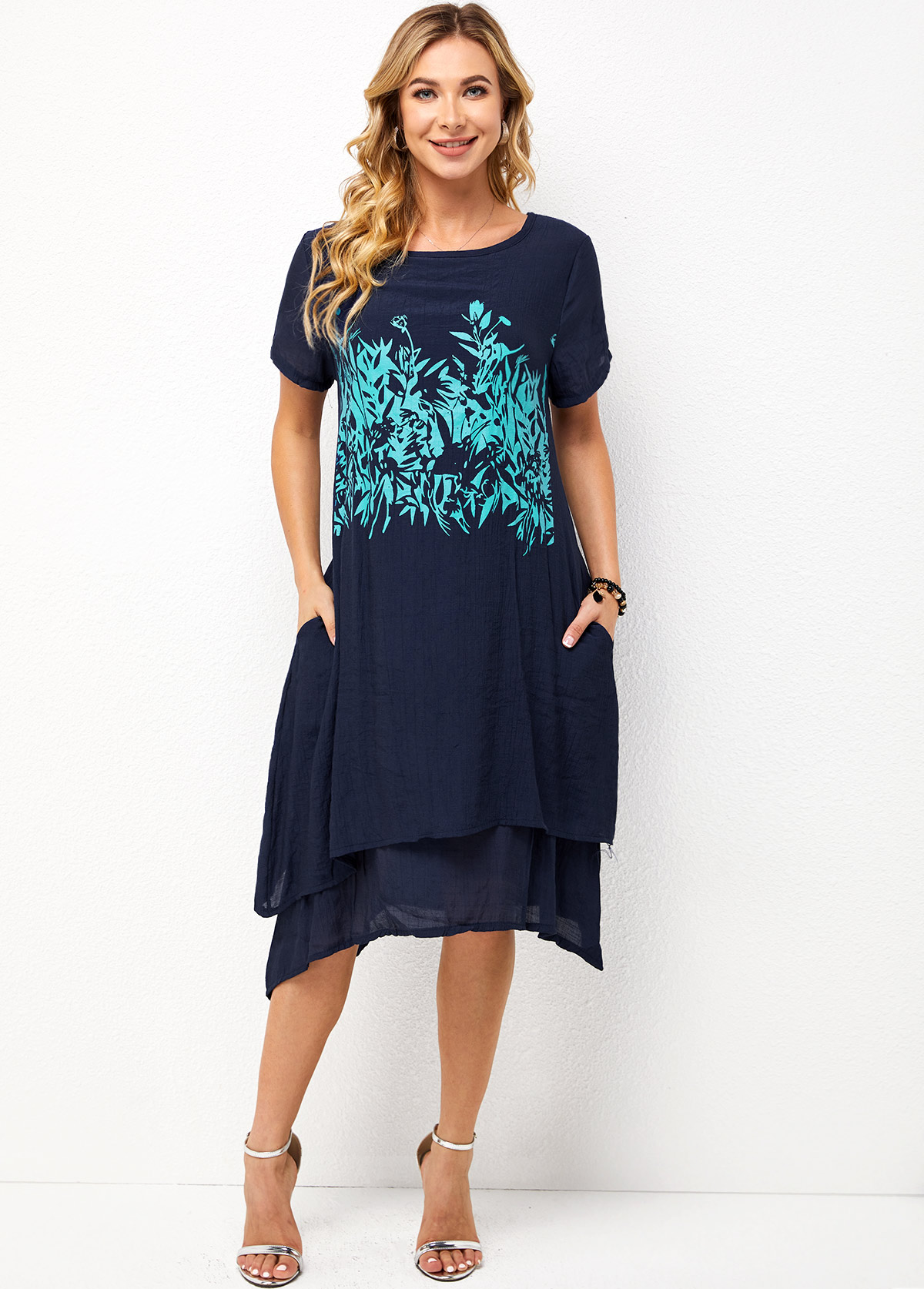 Printed Round Neck Short Sleeve Layered Dress