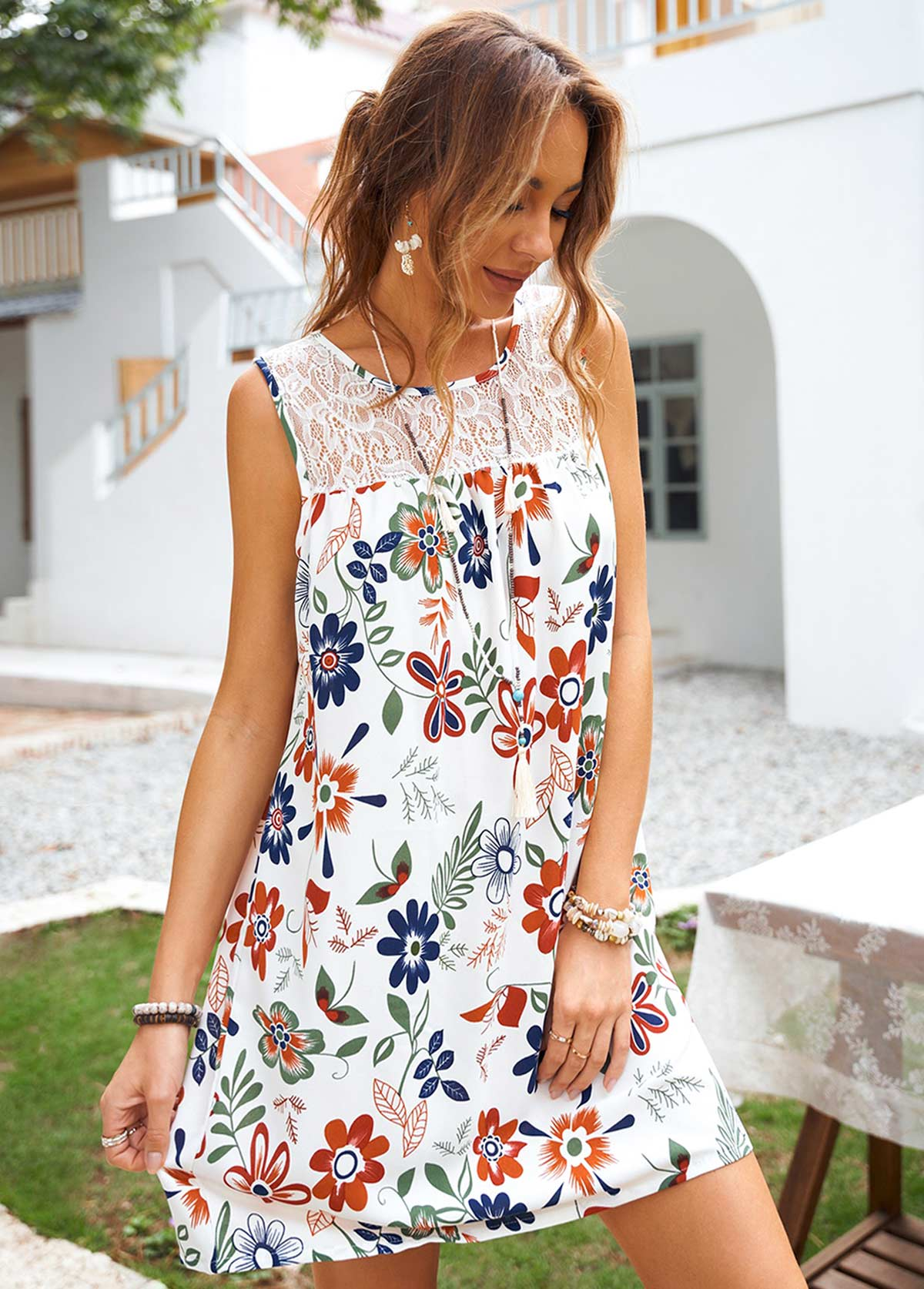 Sleeveless Floral Print Lace Stitching Dress