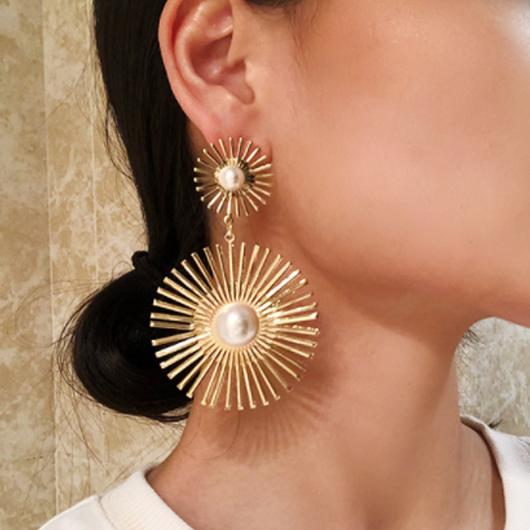 Pearl Detail Flower Design Gold Earring Set