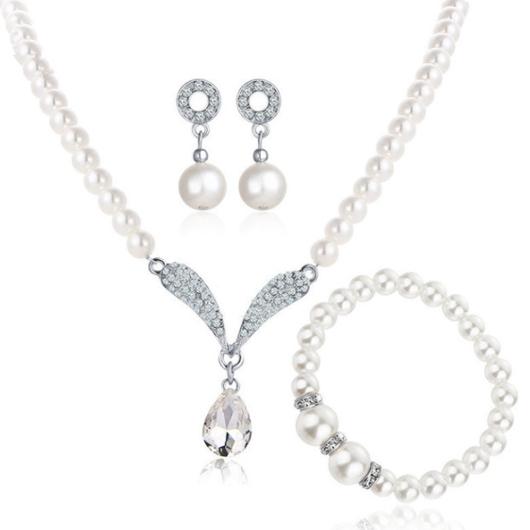 Silver Rhinestone Metal Detail Necklace Set