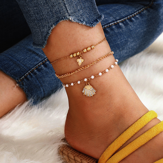 Gold Rhinestone Detail Pearl Design Anklets