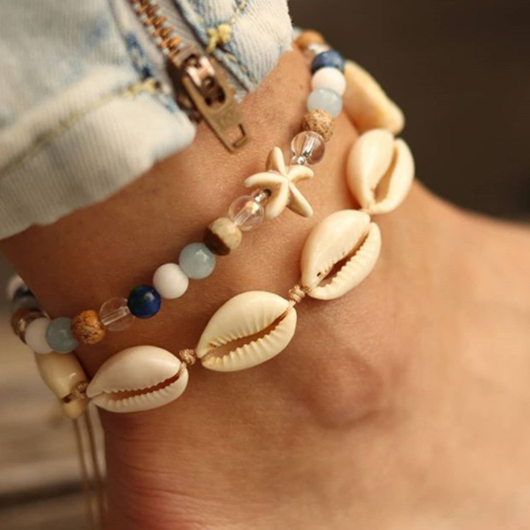 Metal Detail Conch and Shell Design Anklets