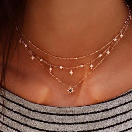 Hexagram Design Rhinestone Detail Layered Necklace