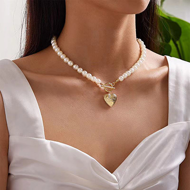 Heart Design Pearl Necklace for Women