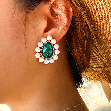 Rhinestone Design Pearl Detail Green Earrings