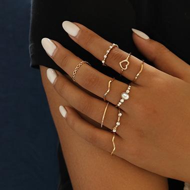 Rhinestone Metal Detail Heart Design Rings