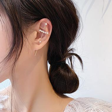 Gold Rhinestone Metal Detail Ear Studs