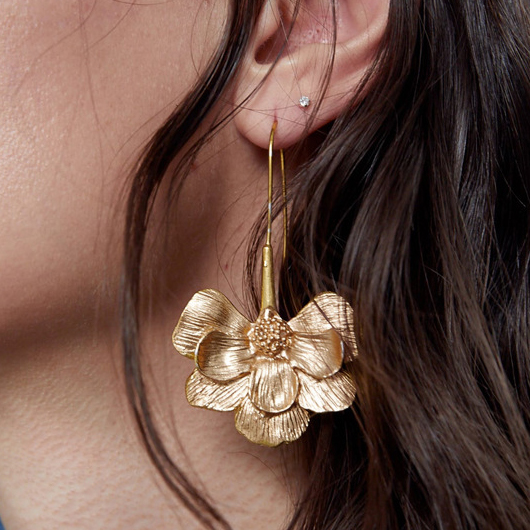 Floral Design Gold Metal Detail Earrings