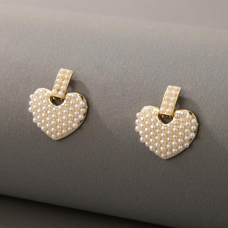 Pearl Detail Heart Design Earring Set