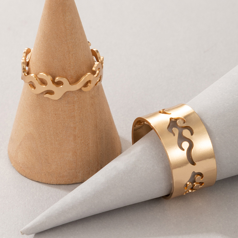 Gold Hollow Out Metal Detail Rings