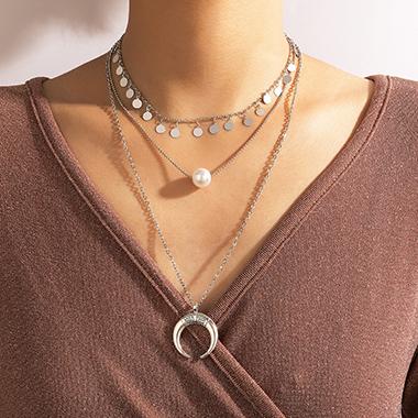 Moon Circular Silver Design Layered Hem Necklace