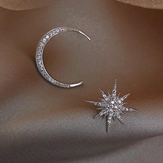 Rhinestone Detail Asymmetric Star and Moon Design Silver Earring Set