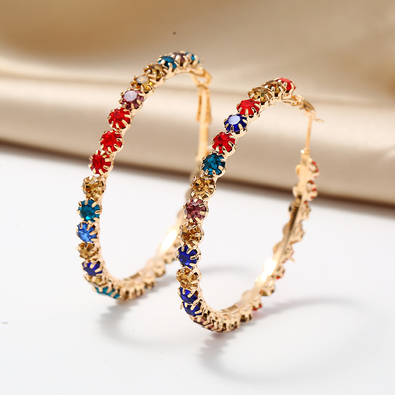 Rainbow Color Rhinestone Design Metal Earring Set