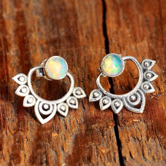Metal Detail Lotus Design Gem Inlay Earring Set