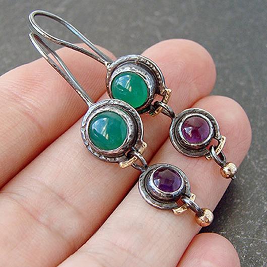 Gem Inlay Metal Detail Earring Set
