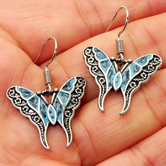 Metal Detail Butterfly Design Silver Earring Set