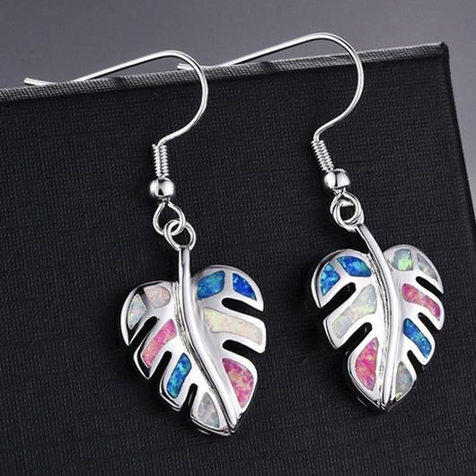 Multi Color Leaf Design Metal Detail Earring Set