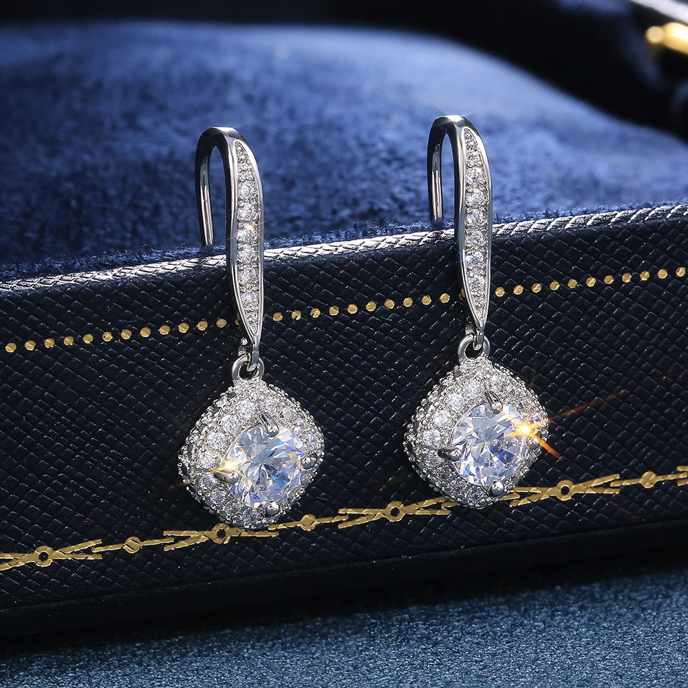 Rhinestone Design Silver Metal Detail Earrings