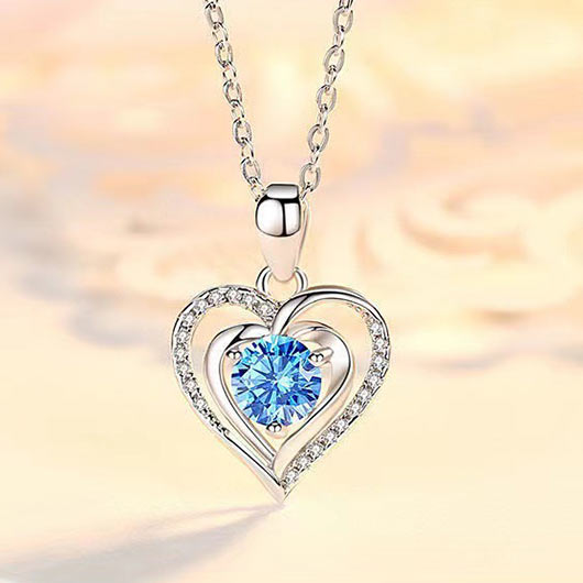 Heart Design Rhinestone Detail Metal Necklace